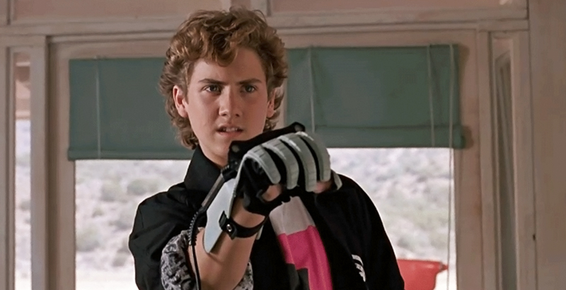 «I love the PowerGlove… It's so bad!» (Image : Universal Pictures).