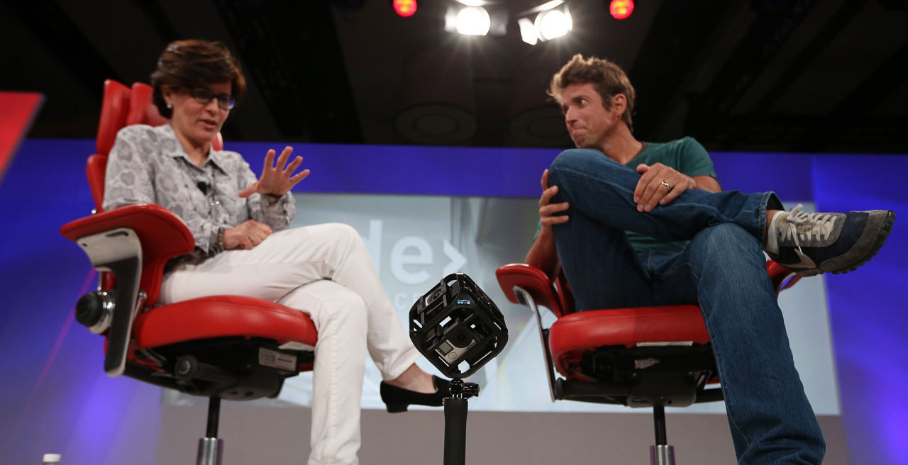 Kara Swisher et Nick Woodman parle de la Six-Camera Spherical Array de GoPro (Photo : Asa Mathat / Recode).