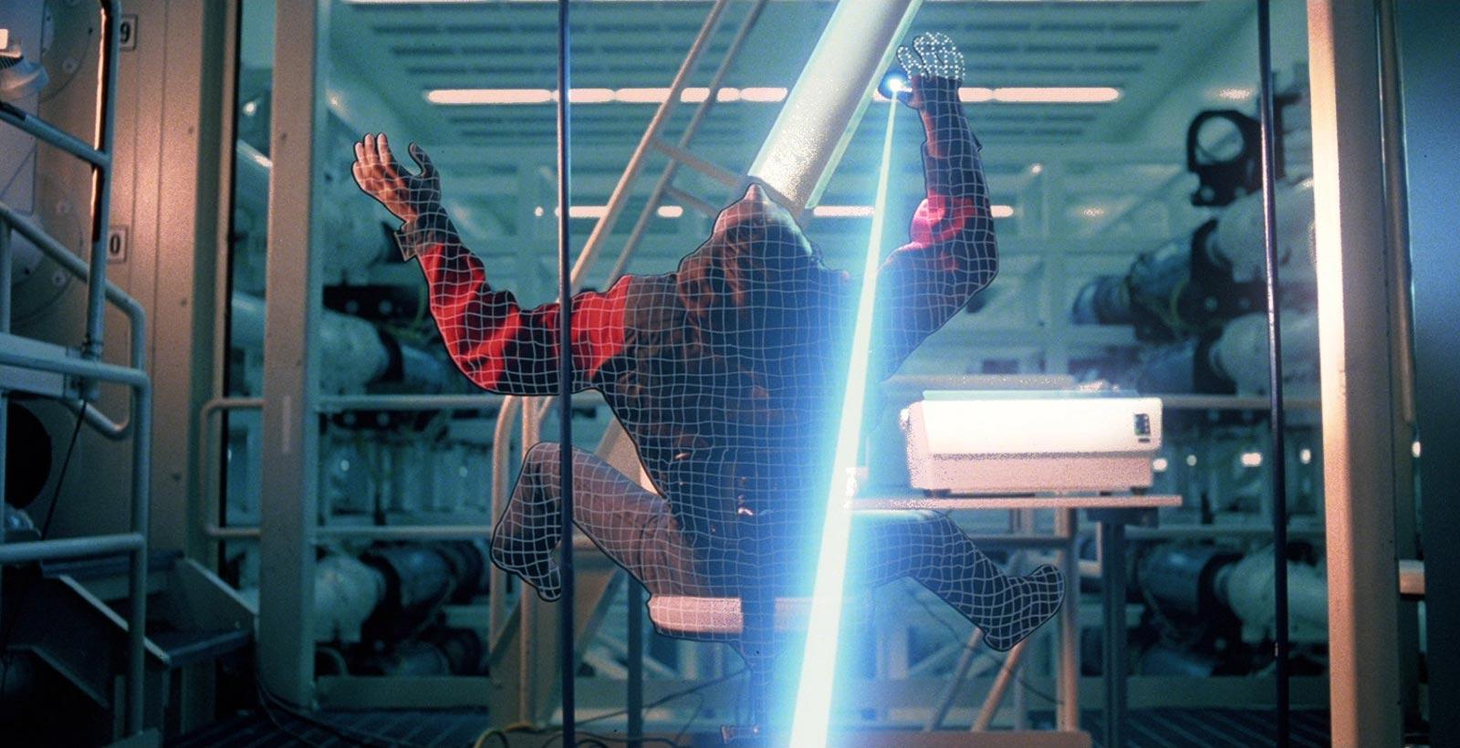 Plutôt que d'être la cible d'un laser comme dans Tron, TheVoid amènera la réalité virtuelle autour de vous (Image : Disney).