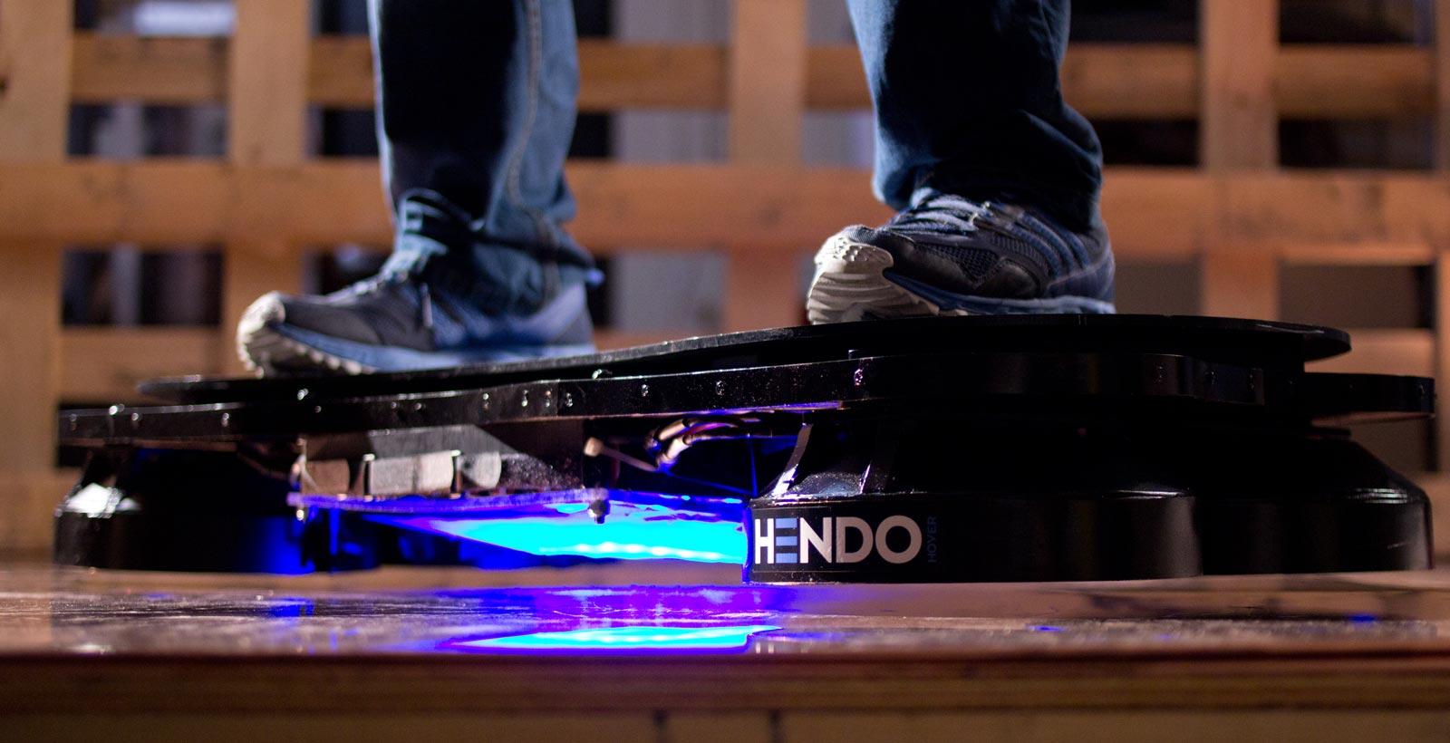 Le Hendo Hoverboard dans la réalité (Image : Hendo).