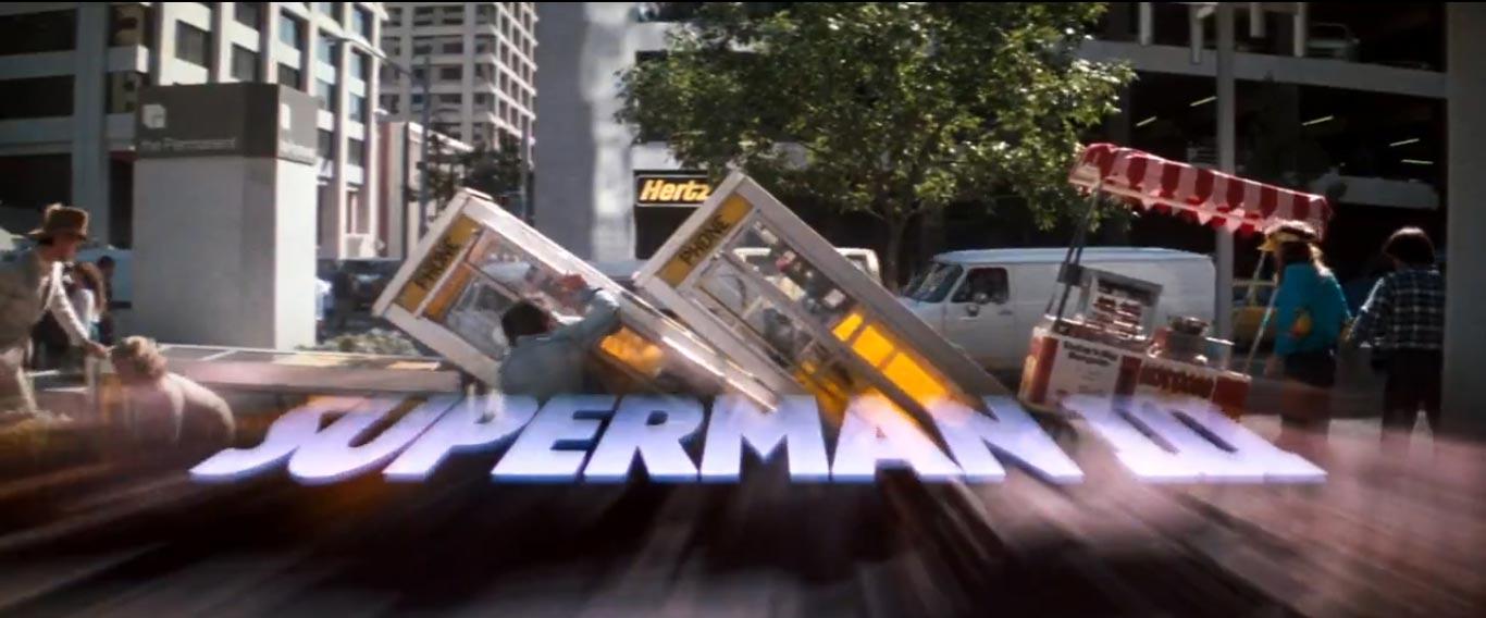 Vite comme ça, on dirait l'ouverture Benny Hill v Superman: Dawn of the madame nue qui court sur de la musique funny.