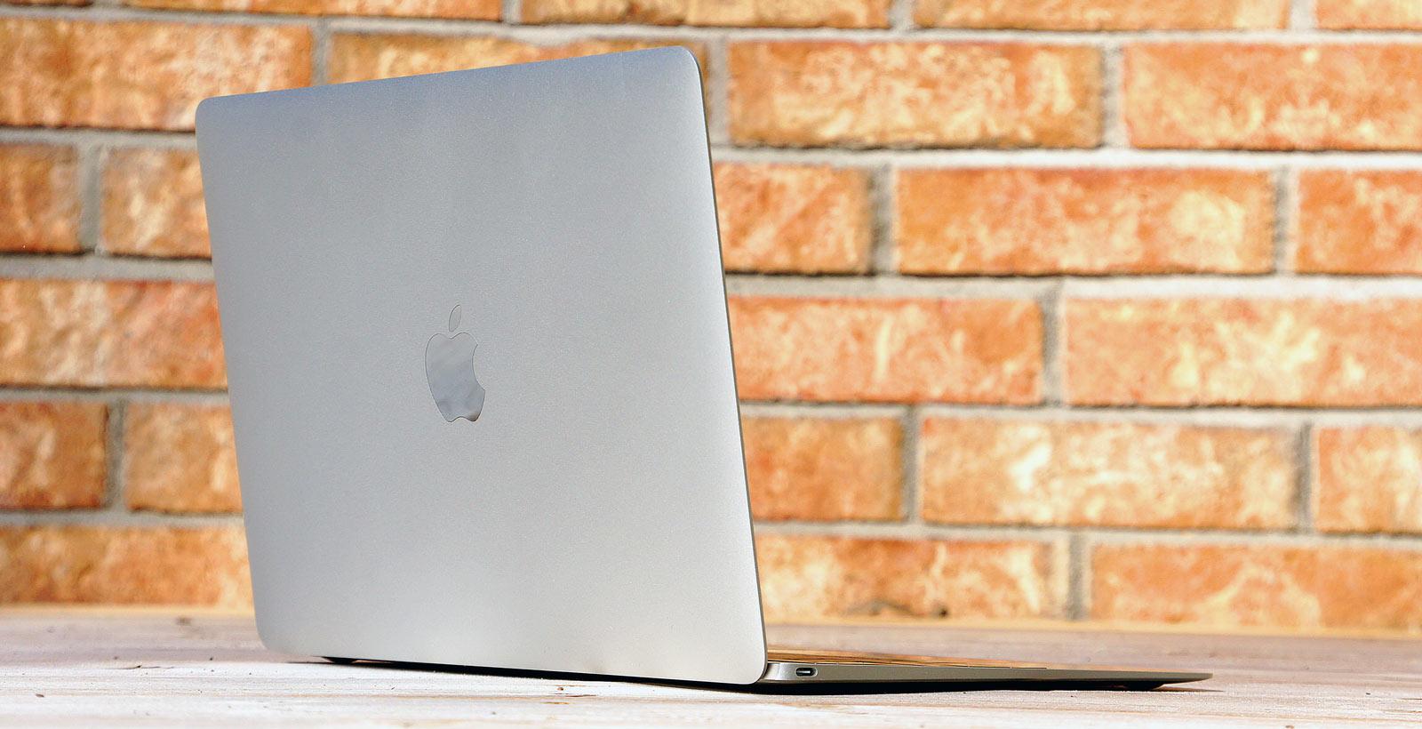 Le MacBook et son seul port USB de type C.
