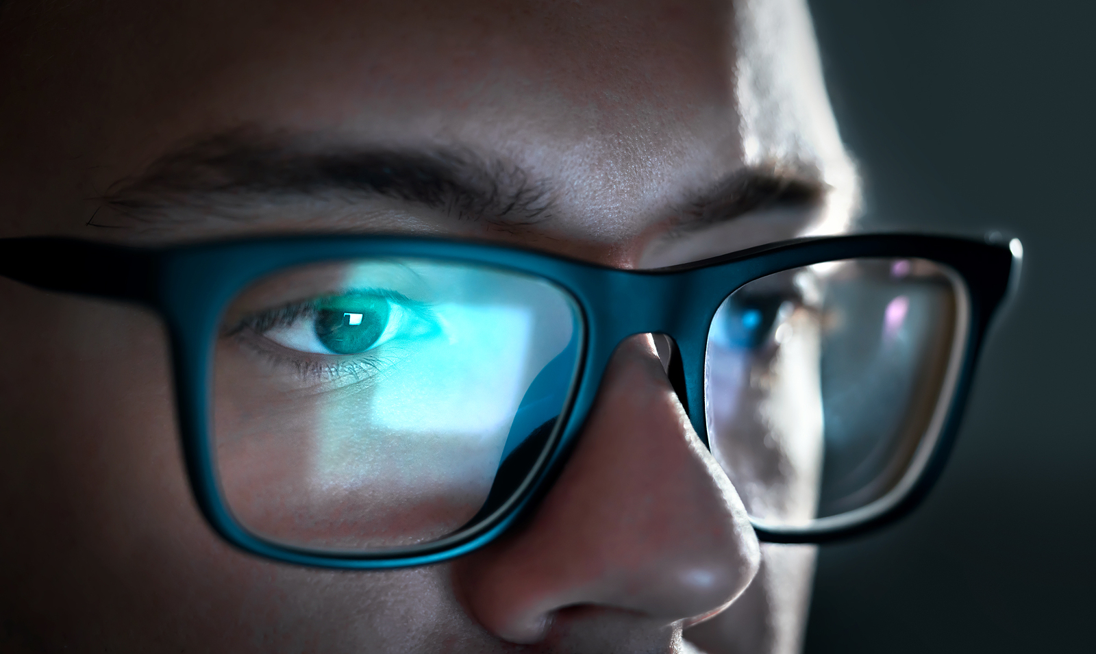 design de qualité bf960 9fd84 Lunettes anti-lumière bleue : pour quoi faire ? | Branchez-vous
